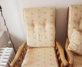 Canapé avec un fauteuil