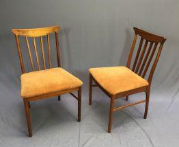 Paire de chaises scandinaves années 70