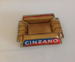 Ancien cendrier publicitaire Cinzano en verre / signé RP Pub