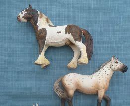 Lot de 3 chevaux Schleich Am Limes 69