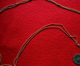 Pendentif chaînette doré