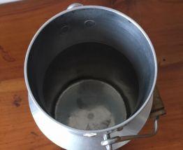 Pot à lait aluminium 1,5L années 50