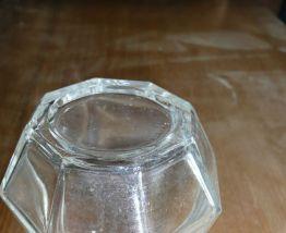 Salière de comptoir en verre épais/plastique vintage