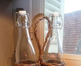 Panier de deux bouteille limonade