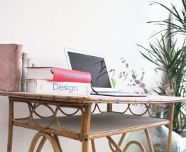 Bureau en rotin en acier design original avec rangement