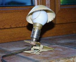 Lampe champignon ancienne à pince 1960