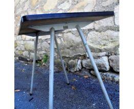 Petite table d'école en formica vintage