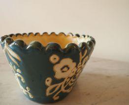 Pot à fleurs en terre cuite émaillée