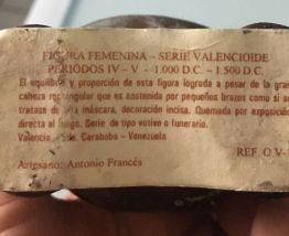 FIGURINE FEMININE origine VENEZUELA  Année 2000