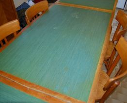 Table + 4 chaises (années 50/60 style Mado)