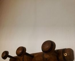 Ancienne patère en bois