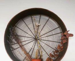 Etagère tamis ancien vintage