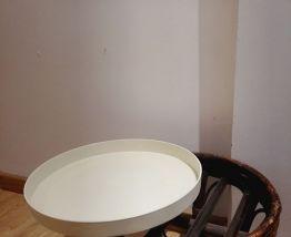 Table en rotin avec plateau amovible couleur Ivoire