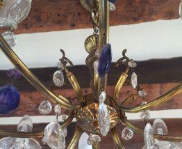 Lustre déco avec 8 bougies et pampilles bleues