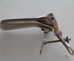 Speculum, matériel médical années 60