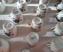 Lot de Tasses et soucoupes à café Porcelaine fine ancienne