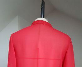 chemisier vintage  T 36 couleur rouge