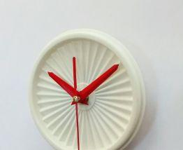 """Horloge vintage, pendule """"Tupperware Blanc""""- 11cm"""