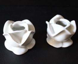 Bougeoirs fleurs en porcelaine