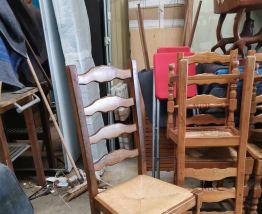 9 chaises bois et pailles