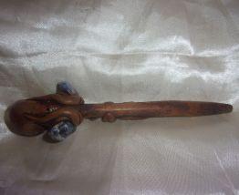 Pipe en bois sculpté