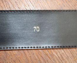 CEINTURE EFFET VINYL ROUGE T70 ANNÉE 70-80