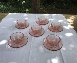 Set de 6 tasses et sous tasses Arcoroc en verre rose Vintage