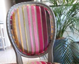 Table et chaises anciennes cérusées style louis XV