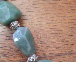 Collier en pierres semi precieuse