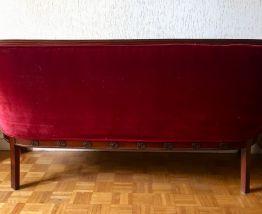 Canapé velours rouge foncé