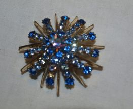 Grande broche à strass bleus authentique années 50
