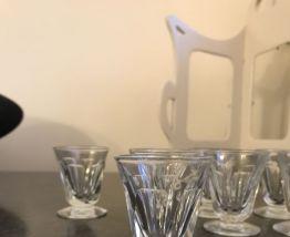 Lot de 10 petits verres Art deco