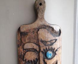 Panneau mural vintage en bois sculpté en forme de tête