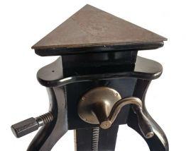 Table/ sellette de sculpteur
