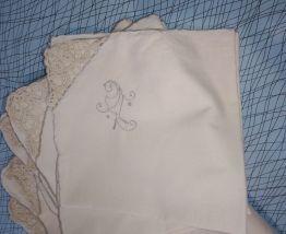 Ensemble nappe et serviettes ancienne s