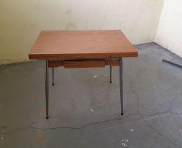 Table en formica (années 1960)