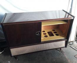 Ancien meuble tv radio vintage annee 60-70 en bois et formic