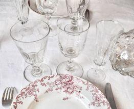 6 flutes à Champagne en verre