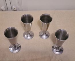 4 coupes a champagne