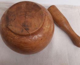 Mortier et pilon bois d' oliviers