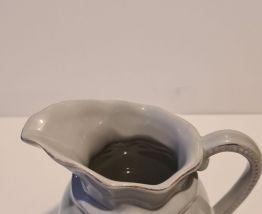 Amadeus pot à lait décor cœur gris