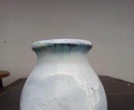 Vase céramique signé à la main Pierrefonds numéroté 555