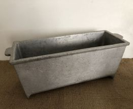 Jardinière, ancien moule en fonte d'aluminium