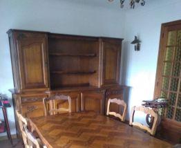 En chêne massif : le buffet-sa table-ses 6 chaises paillées
