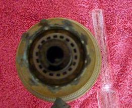 Ancienne lampe à pétrole allemande HS en cuivre jaune époque