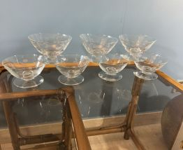 7 coupes à Champagne vintage en cristal gravé 1950
