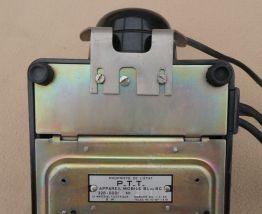 Vieux Téléphone Bakélite