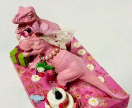 Décor de mariage dinosaure, décor gâteau en rose