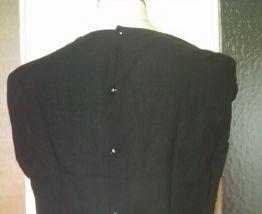 Tee shirt manche courte noir broderie anglaise ce boutonne d