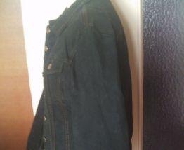 Veste en jean manche longue vert foncer taille 36 Marque Cim
